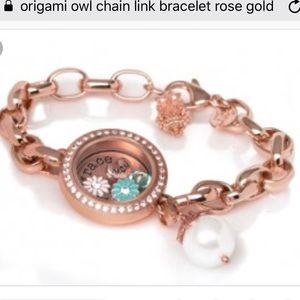 Origami Owl love slider. Use it on a bracelet or a necklace ... | 300x300